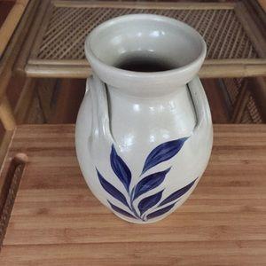 Vintage Williamsburg Pottery Vase